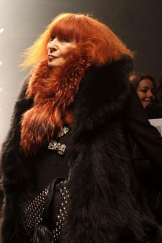 Sonia Rykiel in The 50 Chicest French Women Ever via The Cut Sonia Rykiel, Carine Roitfeld, French Fashion Designers, Boho Girl, Trendy Clothes For Women, Designing Women, Outfits, French Lessons, Coco Chanel