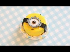 Polymer Clay Minion Cake Tutorial - YouTube