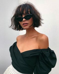 Kurze Frisuren Mit Pony 2019 , Short Hairstyles With Bangs 2019 , Hair Source by LoriGeurin Short Hair With Bangs, Hairstyles With Bangs, Summer Hairstyles, Fashion Hairstyles, Bangs Hairstyle, Short Wavy, Hairstyle Ideas, Bob Hairstyles How To Style, Short Black Hair