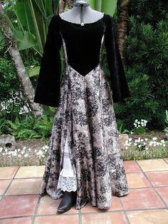 """Once Upon a Time Dress """"Midnight Roses"""" size  11"""