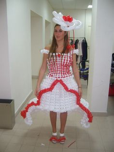 Balloon dress Wedding show