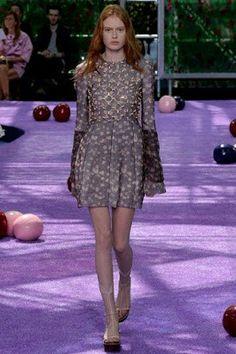 Natalie Portman de Christian Dior Couture en la inauguración del Festival de Cine de Toronto 2015