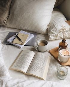 Discovered by Find images and videos about home, book and coffee on We Heart It - the app to get lost in what you love. Cozy Aesthetic, Beige Aesthetic, Aesthetic Photo, Aesthetic Pictures, Quote Aesthetic, Coffee In Bed, Coffee And Books, Coffee Coffee, Study Inspiration