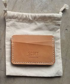 Handcrafted card wallet from veg tanned leather.  http://www.scotthandcrafted.com/simple-card-wallet-SR
