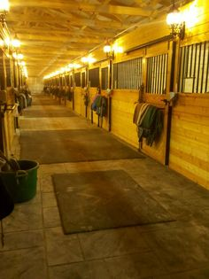 10 Things to Know Before Building a Barn or Indoor Arena, an essential article! I like the concrete and mat combination for flooring Barn Stalls, Horse Stalls, Dream Stables, Dream Barn, Shelter, Indoor Arena, Future Farms, My Horse, Horse Feed