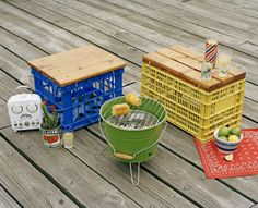 These Cool Portable Milk Crate Stools | 29 Insanely Cool Backyard Furniture DIYs