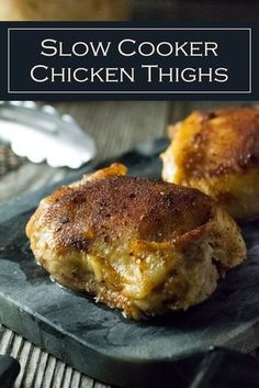 Slow Cooker Chicken Thighs (Bone In). Slow Cooker Chicken Thighs Bone In recipe via Slow cooker chicken thighs is an effortless meal solution resulting in outrageously tender chicken generously seasoned with a simple chicken seasoning rub. Slow Cooking, Cooking Recipes, Top Recipes, Turkey Recipes, Recipies, Vegan Recipes, Dinner Recipes, Slow Cooker Huhn, Crock Pot Slow Cooker