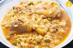 Arroz caldoso con Pollo Hoy os traemos una receta en la que destacan, como principales ingredientes, el arroz y el pollo. La denominación de caldoso le vie