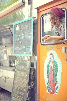 I want this taco truck....taco truck reception. image: erinwallis.com