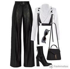 Uploaded by vodkabitchess. Find images and videos on We Heart It - the app to get lost in what you love. Kpop Fashion Outfits, Stage Outfits, Edgy Outfits, Retro Outfits, Cute Casual Outfits, Look Fashion, Korean Fashion, Jugend Mode Outfits, Mode Kpop