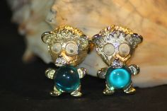 Vintage Pair Jelly Belly Bear Turquoise Brooch. Starting at $30 on Tophatter.com!http://tophatter.com/auctions/19599
