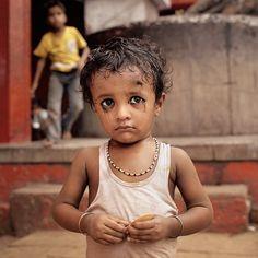 Travel Portraits - Varanasi, India 2008 by Dillon Marsh, via Behance