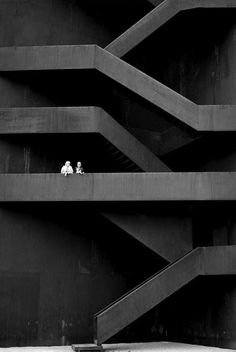 Landmark Lusatian by Stefan Giers. // Composition > lines in photo all point to figures. People at off centre.