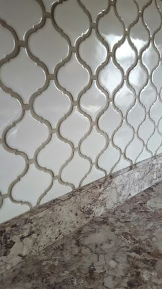 Arabesque lantern tile with Oyster Gray grout