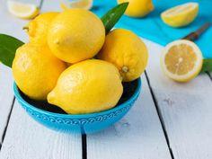 20 Diuretic Foods to Lower Blood Pressure and Lose Weight Lemon Health Benefits, Apple Benefits, Water Benefits, Diuretic Foods, Drinking Warm Lemon Water, Sugar Detox, Lower Blood Pressure, Apple Cider Vinegar, Natural Health