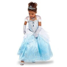 """""""My outfit for my party""""I giggle~Alyssa"""