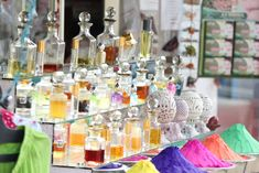 Get the best Arabic perfume from London Musk. London musk is offering oud al anfar at cheap price in London. Oud is an alcohol-free perfume for men and women. Perfume Parfum, Perfume Versace, Best Perfume, Parfum Spray, Hugo Boss Orange, Spells That Actually Work, Perfume Tommy Girl, Party, Tips