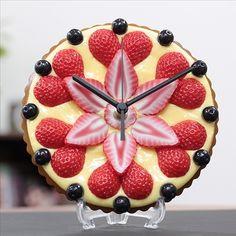 【Real Gift】いちごタルト時計S type-A - 食品サンプルでお祝いの贈り物!