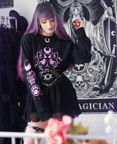 Alternative Hair, Alternative Fashion, Kawaii Goth, Rainbow Aesthetic, Grunge Girl, Rock Style, Goth Girls, Gothic Fashion, Style Inspiration