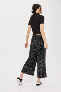 Belted Spot Plisse Trousers