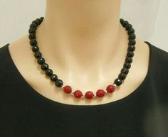 Faceted black onyx and red jade necklace with door SilverSerenade Jade Necklace, Black Necklace, Diy Necklace, Necklace Designs, Bead Jewellery, Beaded Jewelry, Jewelery, Jewelry Necklaces, Handmade Jewelry Designs