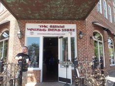 """The Woodbury Shoppe"" The Walking Dead Store and Museum. @templeton21, lets go here!!!"