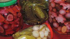 Cornichons et petits légumes aigres-doux