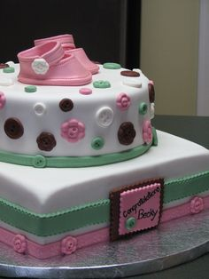 Baby shower cake - buttons and booties