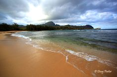 Kauai looks so beautiful, been to Maui twice and now I want to go somewhere different if I get a chance again.