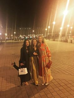 #PFW DAY 1 - UBERTA with Ariane Van De Ven and Doris Homburg  - When you have the #chance to have #beautiful #talented #friends you don't just #enjoy #great #conversations...you also get to #wear their #creations @maisondoris @ubertazambeletti @svevacollection sveva we missed you!!! #pfw #paris #parisienne #iloveparis #fashion #luckgirl