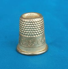 Utilitarian Metal Thimble EZ Logo Around Band, For Crafting, Collecting, and Sewing, Brass or Gold Toned Tiered https://etsy.me/2GDPwUy #vintage #collectibles #gold #thimble #teamwwes #small #metal #sewing #crafting
