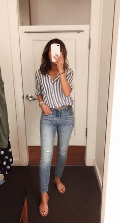 casual outfits for women - casual outfits . casual outfits for winter . casual outfits for women . casual outfits for work . casual outfits for school . casual outfits for teens Spring Outfit Women, Summer Work Outfits, Summer Casual Outfits For Women, Casual Jeans Outfit Summer, Summer Jeans, Outfit Jeans, Spring Jeans Outfits, Spring Clothes, Summer Business Casual Outfits