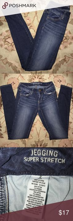 """American Eagle✨Skinny Jeggings Blue Jegging Super Stretch jeans. Approx 31"""" inseam, 27"""" waist, 7"""" rise. American Eagle Outfitters Jeans Skinny"""
