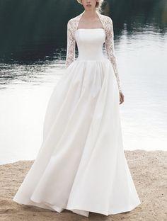 Wedding Dresses With Straps, Designer Wedding Dresses, Bridal Dresses, Wedding Dress Styles, Wedding Gowns, Lace Wedding, Wedding Dress Bolero, Backless Wedding, Mermaid Wedding