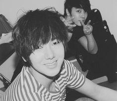 Super Junior (슈퍼주니어) Donghae (동해) and Yesung (예성)