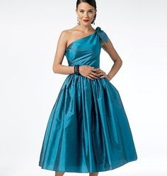 butterick pattern. maid of honor dress. mom can you make this?