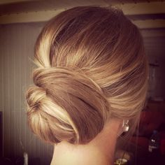 Chic and simple bun