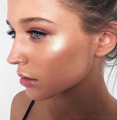 Pinterest: DEBORAHPRAHA ♥️ the perfect summer higlighted makeup look #bronze #highlight