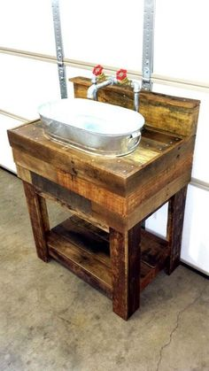 35 Easy & Gorgeous DIY Rustic Bathroom Decor Ideas on a Budget : Amazing idea for rustic bathroom decor - DIY galvanized bucket and pallet wood sink Bathroom Crafts, Rustic Bathroom Decor, Rustic Bathrooms, Rustic Decor, Bathroom Ideas, Bathroom Designs, Pallet Bathroom, Pallet Vanity, Small Bathroom
