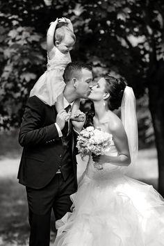 Manželia Klinckovci - Svadobný salón Valery Wedding Dresses, Fashion, Bride Dresses, Moda, Bridal Gowns, Fashion Styles, Wedding Dressses, Bridal Dresses