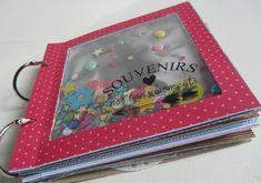 """Mini album """"Souvenirs de nos bons moments"""". Papiers Swirlcards collection Holi. Transparents Swirlcards Crystal"""