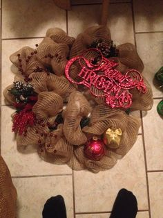 Simple burlap wreath