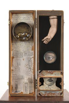 Mixed Media assemblage and collage art by Chicago artist Kass Copeland. Handmade boxes created from discarded, recycled furniture inspired by Joseph Cornell. Collages, Collage Art, Found Object Art, Found Art, Mixed Media Boxes, Image Deco, Shadow Box Art, Chicago Artists, Assemblage Art