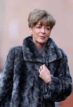 Coronation Street: Deirdre Barlow's ghost 'to appear in Rovers Return . Who Dies In Coronation Street Fire Anne Kirkbride, Coronation Street, Laughter, Amy, Actresses, Fire, Stars, Female Actresses, Sterne