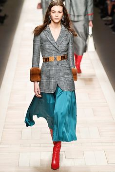 The Flattering Trend All of Milan Fashion Week's Designers Agree On via @WhoWhatWearUK