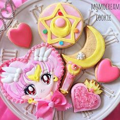 These are the cutest by @momocream_ayu! Thanks @moon.pudding for putting me up on this!! #sailorchibimoon #sailormoon #moonies #anime