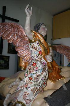 Restauración, estofado, dorado y policromía. Trabajando en el taller de mi jefe, Cristobal Cubero.