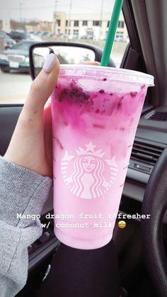 Starbucks Mango Dragonfruit Refresher with Coconut Milk - Cocktail rezepte - Drinks Copo Starbucks, Starbucks Hacks, Bebidas Do Starbucks, Healthy Starbucks Drinks, Starbucks Secret Menu Drinks, Starbucks Refreshers, Starbucks Drinks Coffee, Healthy Drinks, Starbucks Smoothie