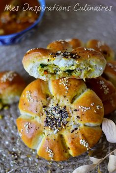 Stuffed rolls with cheese Chicken Cooking Chef, Cooking Recipes, Artisan Bread Recipes, Quiche, Ramadan Recipes, Marmite, Primal Recipes, Breakfast Cake, Arabic Food