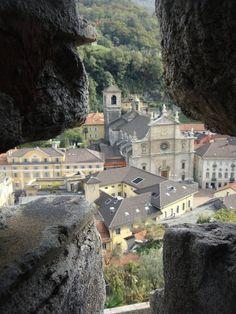 Castelgrande, Bellinzona http://www.pinterest.com/pin/508766089126962749/ มุมที่แตกต่าง